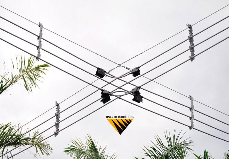 Ferragens para rede de distribuição